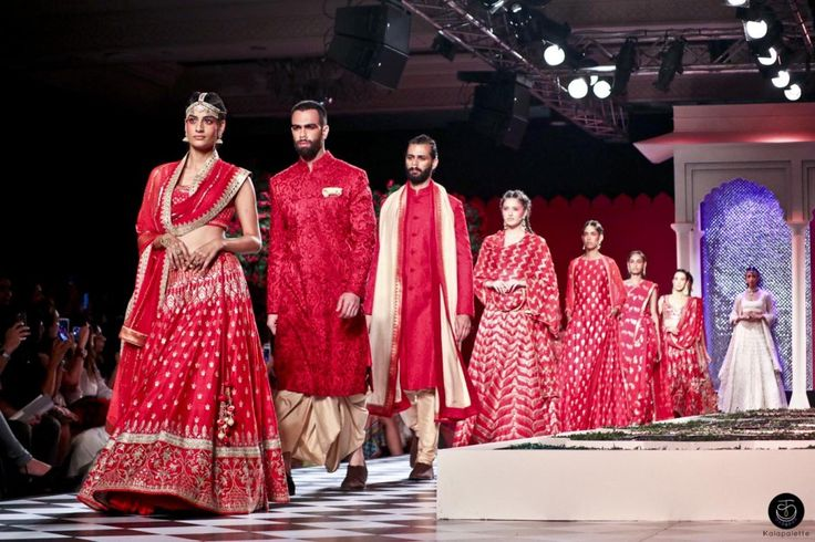 Anita Dongre #Couture Collection 2016 - #Bride #BridalWear #Fashion #India #Indian #IndianFashion #Designer #Label #Brand