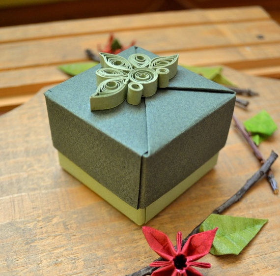 Jewelry Gift Box Origami Gift Box with Quilling by KAGITLIK