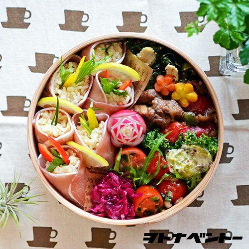 今日は久しぶりの柴田慶信商店の丸弁当箱で♪・牛肉とパプリカのオイスターソース炒め...