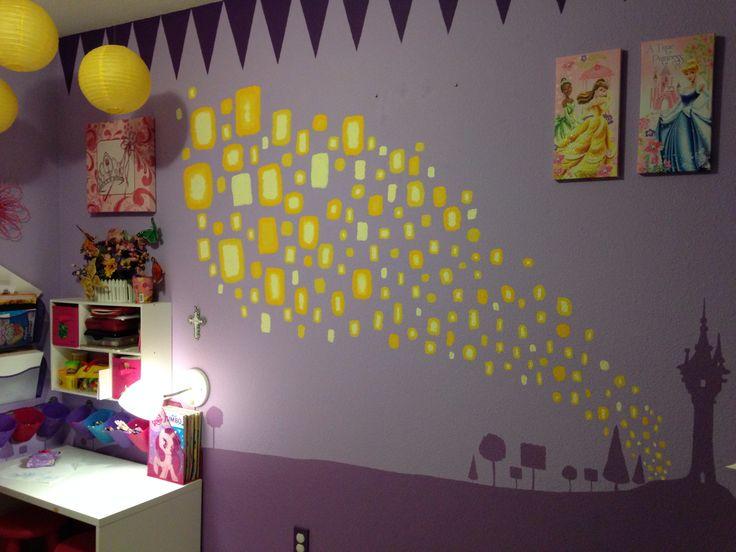 Disney Princess and Rapunzel Tangled themed kids room  I free handed the  lanterns and Rapunzel s. Best 25  Tangled bedroom ideas on Pinterest   Rapunzel room