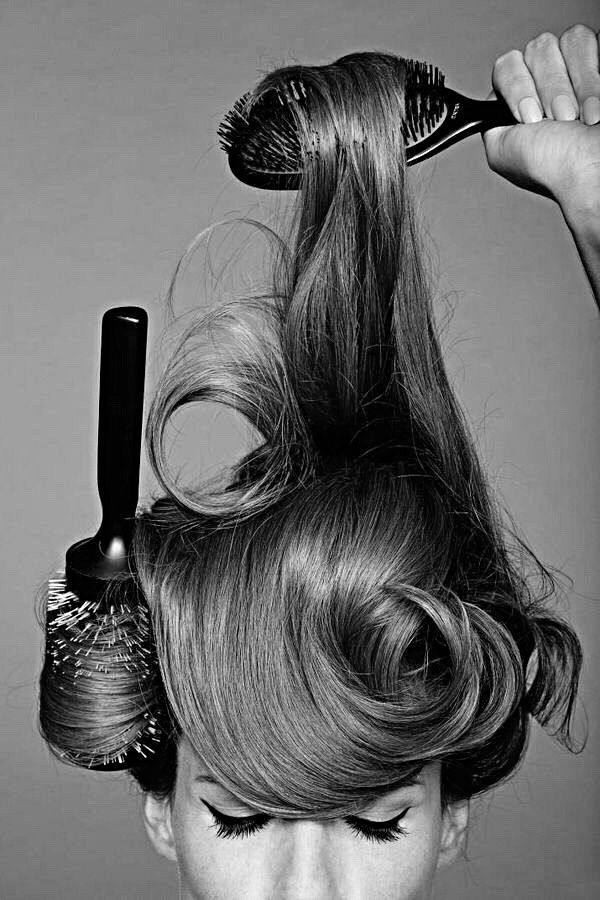 4 Must-Have Hair Brushes