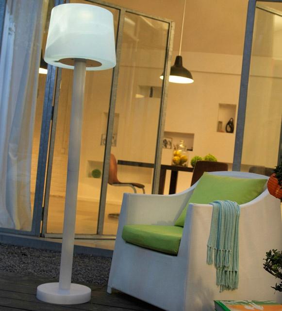 best 25 lampadaire exterieur ideas on pinterest. Black Bedroom Furniture Sets. Home Design Ideas