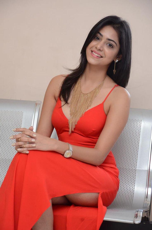 priyanka-bharadwaj-red-hot-photos-6