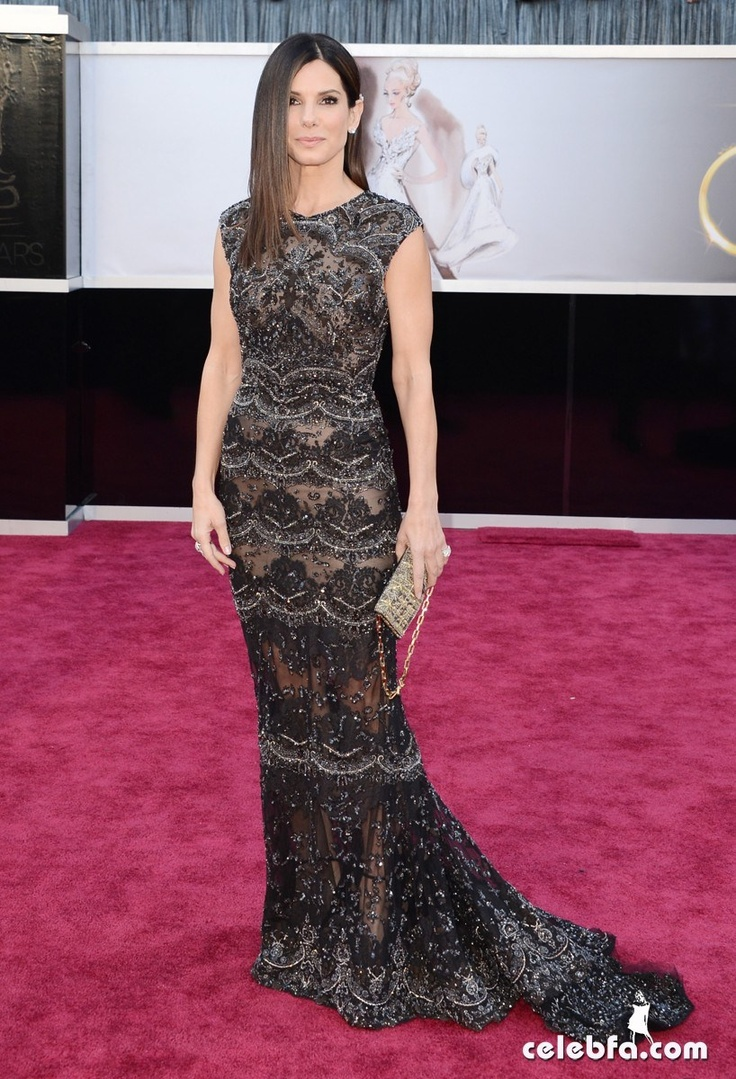 Sandra Bullock Oscars 2013 Red Carpet