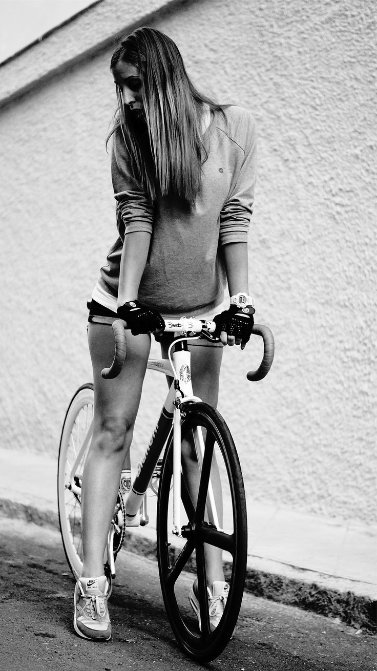 theliveitup:  Fixie Day. Training Day theliveitup pic by bnomio