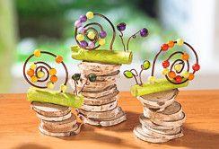 Escargots en fil d'aluminium et perles multicolores