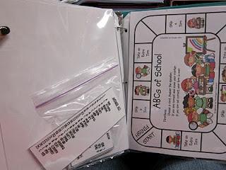 Seusstastic Classroom Inspirations: the daily five  game organization: Organizations Linki, Language Art, Games Organizations, Schools Stuff, Linki Parties, Classroom Inspiration, Seusstast Classroom, Classroom Organizations, Classroom Ideas