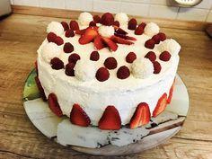 Erdbeer-Raffaello-Torte 1