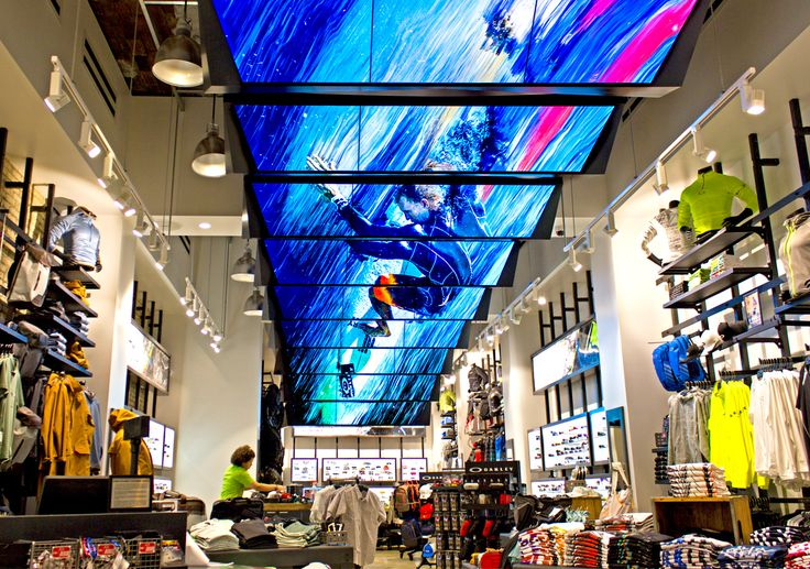 27 Digital Signage Screens Are Suspended Across the Length of Oakley's NY Flagship Retail Space. Read more on ScreenMedia Daily #digitalsignage #retail #design
