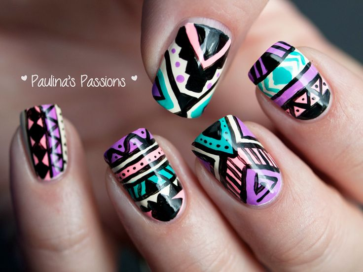 designe tribal nails colors salmon green black purple - uñas verde morado negro ♛
