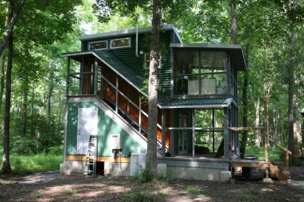 Two Story Foundation Tiny House: The Hobo House | Tiny House Pins | Tiny  House | Pinterest | Puut Ja Meikkivoide