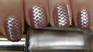 Secretary`s Nail Art: Work -appropriate nail art