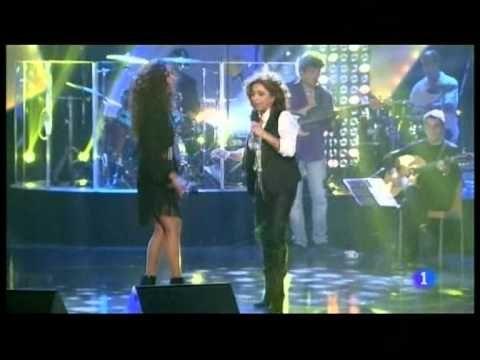 """Lolita y Rosario cantan """"Qué bonito""""-Gala """"Música para mi madre""""- - YouTube"""
