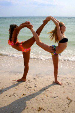 I wish one of my friends did Yoga, I would love to form this Infinity loop pose with someone.