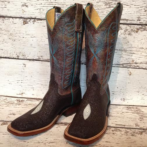 "Anderson Bean ""Show Time"" cowboy boots. Beautiful stingray with turquoise accents. @themulebarn"