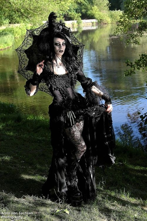 Extravagent Neo-Victorian Goth Girl, steampunk | Goth Clothing and ...