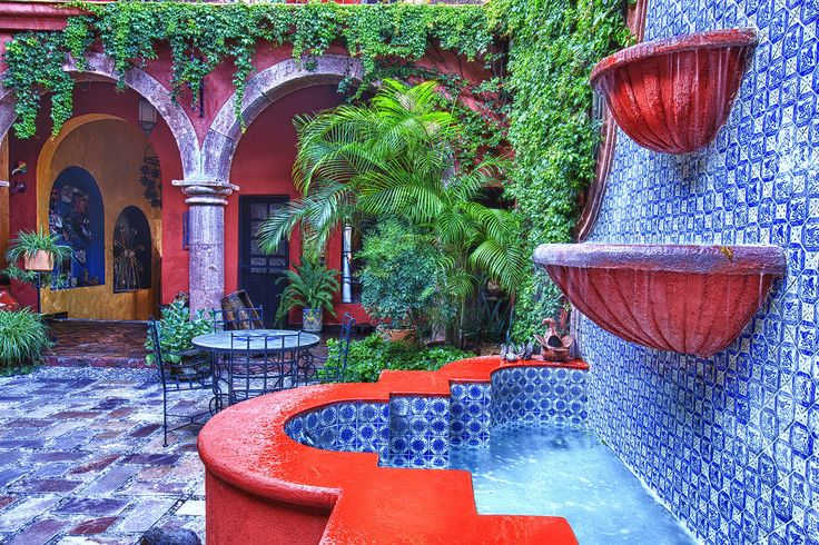 26 best fountains mexican images on pinterest for Mexican style outdoor fountains