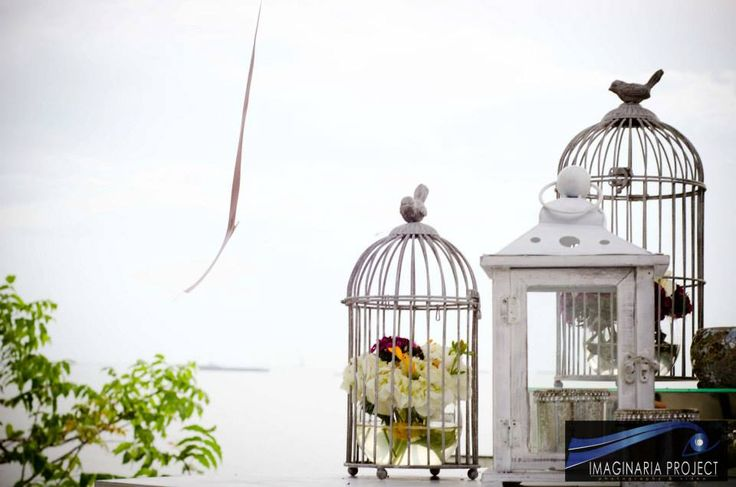 ¿Que tal usar jaulas para ambientar tu boda? ¡Celebra el amor! #Weddings #WeddingPhotographer