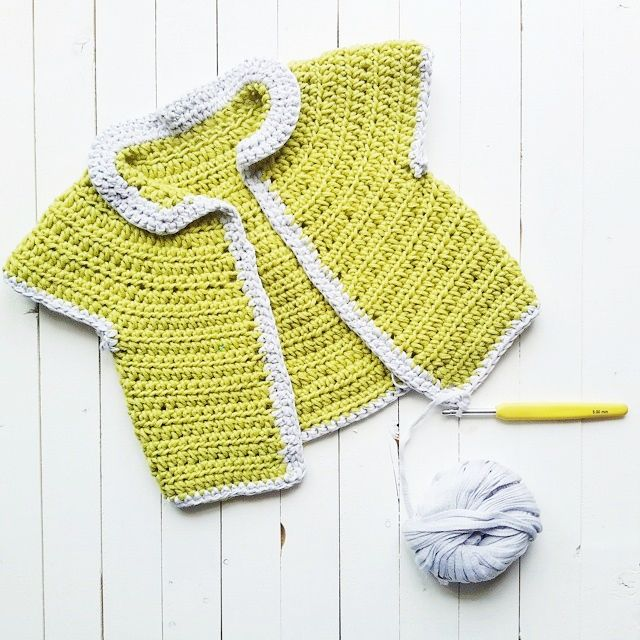 Premature Baby Crochet Cardigan Pattern : 1000+ images about preemie and baby sweaters on Pinterest ...