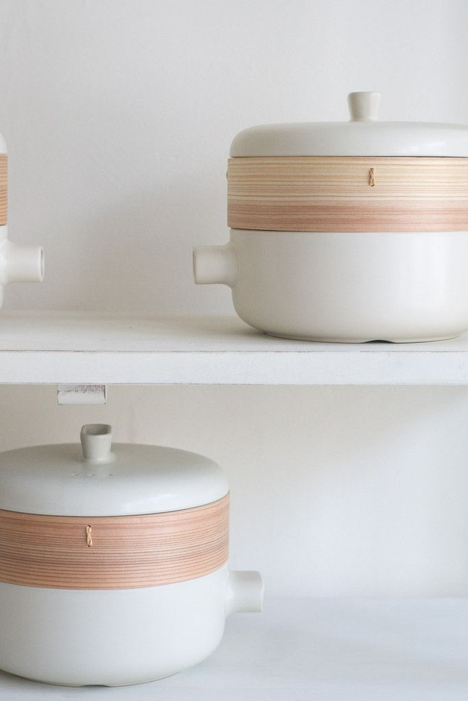 Care: The steamer's ceramic base and lid should be immersed in clean water for at least 24 hours, and the terracotta basket rinsed with boiled water, before first use. After use, hand wash with mild detergent, then air-dry the pot with bottom facing upward. Make sure it is dry before storing.