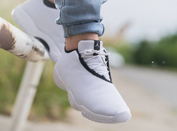 Air Jordan Future Low White Grey Mist