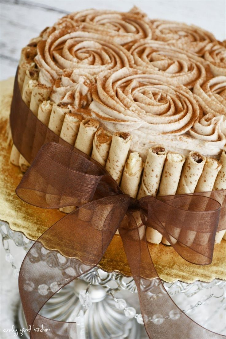 Curly Girl Kitchen: Snickerdoodle Cake. Maple cream frosting