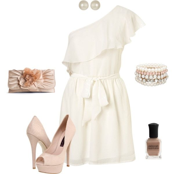 So chic; for a beautiful night out. homecoming