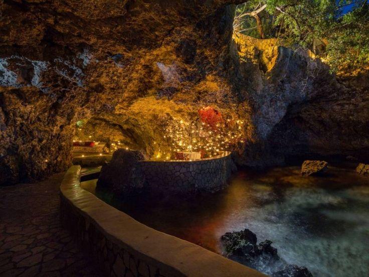 Caves Hotel Jamaica