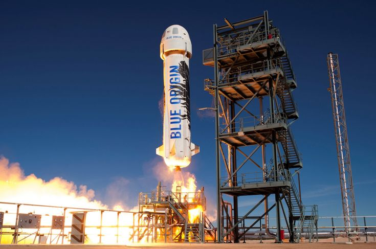 Blue Origin's New Shepard rocket and capsule lift off from a West Texas launch pad during a suborbital test flight on Jan. 22, 2016.<br />