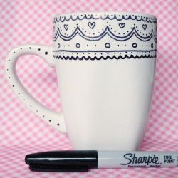 tryied it and looooved! After learning this DIY, you may just want to draw on every porcelain dish in your kitchen!