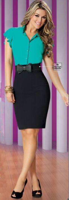 Elegante vestido en dos colores. El #vestido esta elaborado en chalis y algodon lycra pesado.