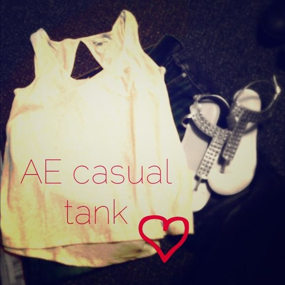 Casual AE tank Very loose fitting AE tank top! Perfect with jeans for a casual look American Eagle Outfitters Tops Tank Tops