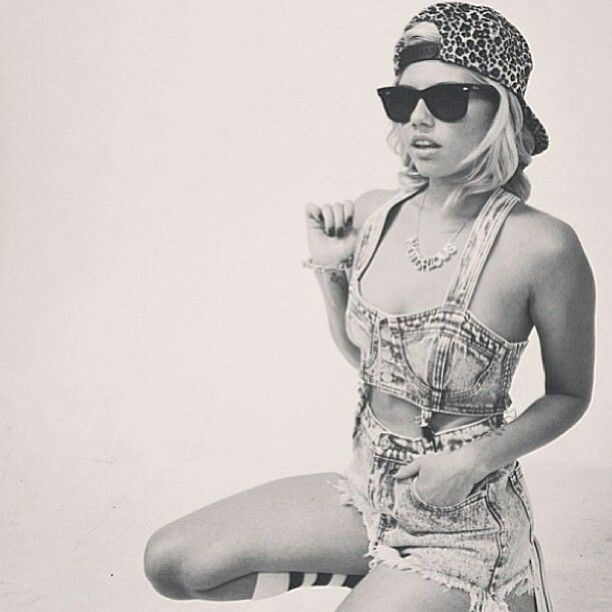 Chanel West Coast. Love her style!!