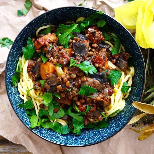 Portobello Mushroom Ragu // @theaccomodatingchef. Find this #recipe and more on our Mushrooms Feed at https://feedfeed.info/mushrooms?img=1110706 #feedfeed