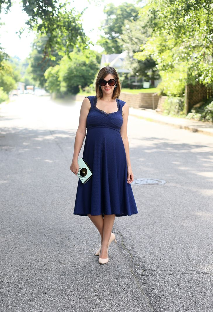 What to wear to a wedding, maternity wedding guest idea, navy wedding guest dress, navy dress, non maternity dress