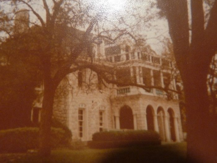 The Story Behind Texas' Most Haunted House Will Give You Nightmares