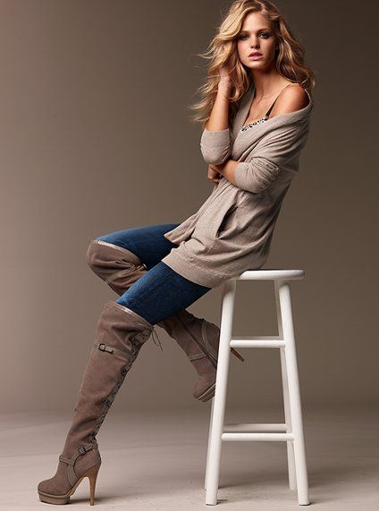 .: Shoes, Colin Stuart, Outfits, Girls Poses, Knee High Boots, Knee Boots, Platform Boots, Erin Heatherton, Victoria Secret