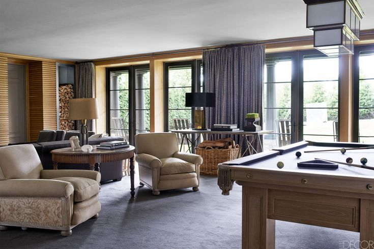 HOUSE TOUR: A Minimalist Mansion Designed For Entertaining