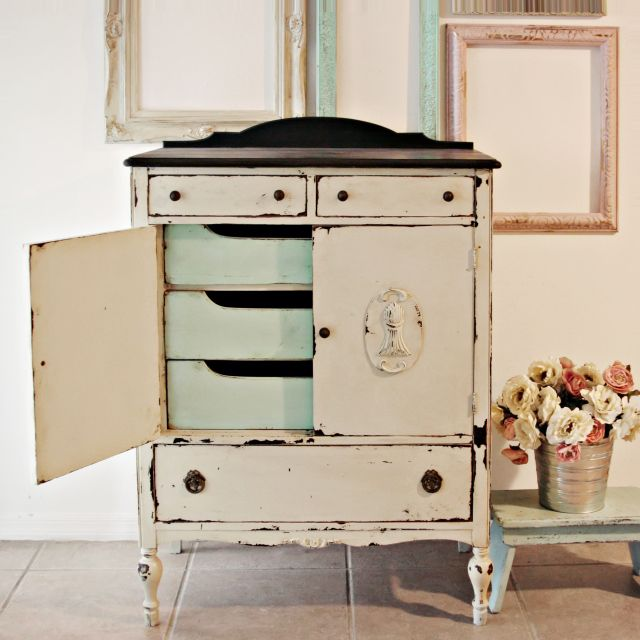 25+ Best Ideas About White Distressed Dresser On Pinterest