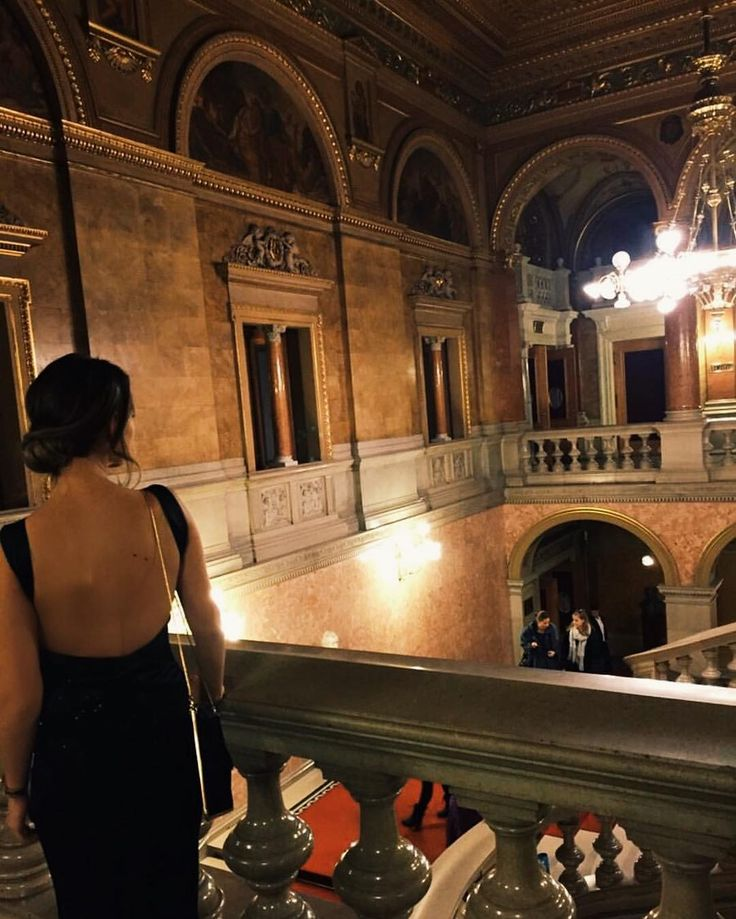 """57 kedvelés, 8 hozzászólás – Brigitte (@brigitte.blog) Instagram-hozzászólása: """"Nutcracker 🎄✨🕯#magyarig #instahun #mi #mik #opera #mutimitcsinalsz #balett #ballet #nutcracker…"""""""