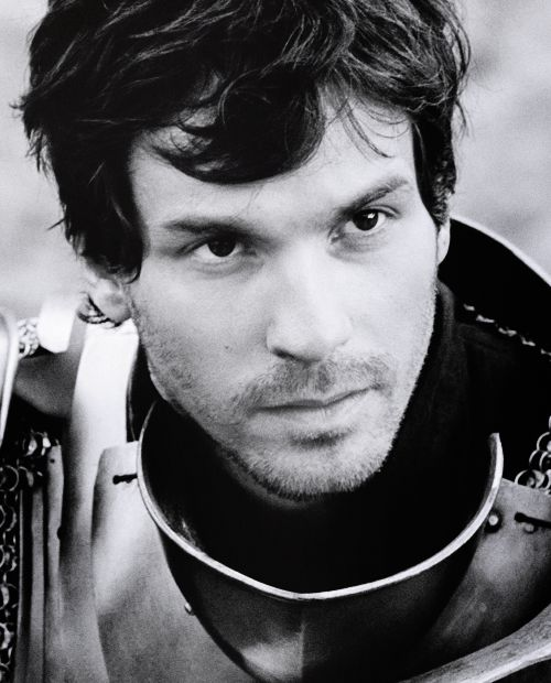 from Vihaan is santiago cabrera gay