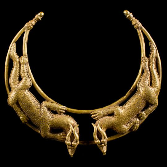 Scythian Gold Double Dragon Torc Necklace from Central Asia (200 BC - 0)