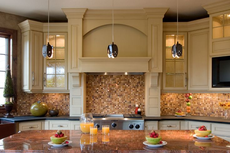 Luxury Kitchen has the most gorgeous backsplash! Plan 013S-0009   House Plans and More