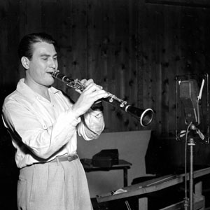 Artie shaw 1910 2004 last great musician of the big band era