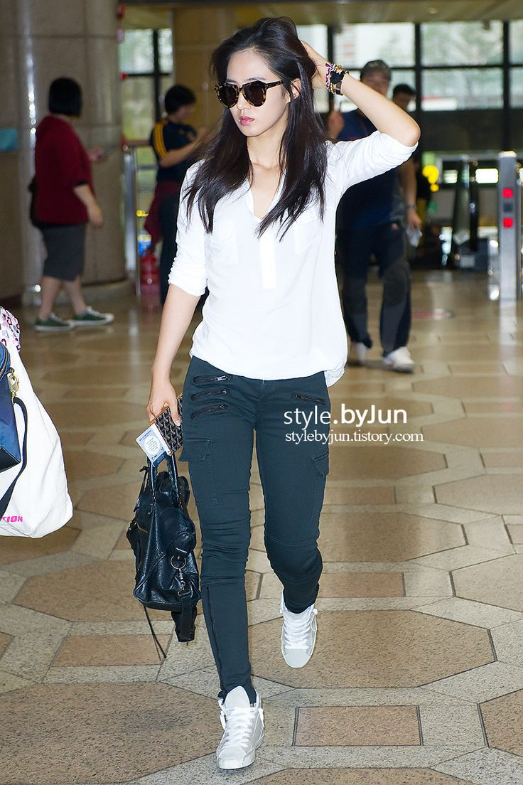 Yuri Airport Fashion Snsd Snsd Fashion Pinterest Posts Airport Fashion And Snsd