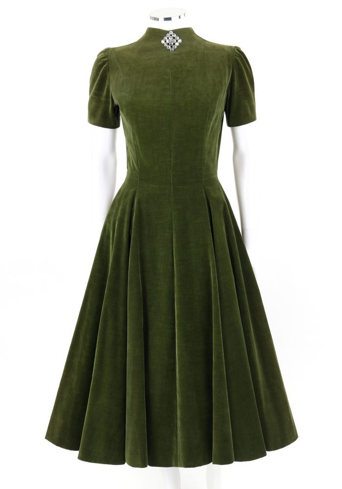Vtg COUTURE c.1950's Green Velvet Circle Skirt Party Dress w/ Rhinestone Brooch | Clothing, Shoes & Accessories, Vintage, Women's Vintage Clothing | eBay!