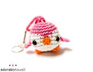2000 Free Amigurumi Patterns: Cute Mini Penguin Amigurumi Keychain