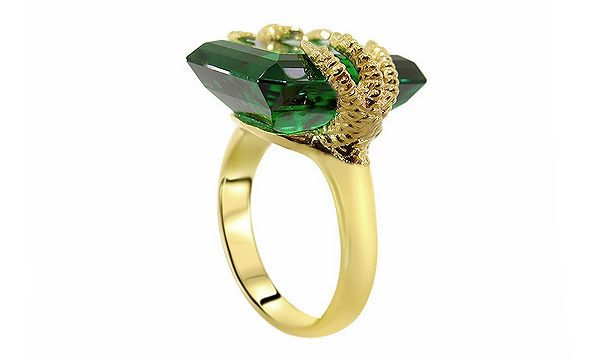 14K_Gold_Zamrud_RingEnter now and get a chance to win the most coveted Mejuri piece, a 14K Gold Zamrud Ring. The value of the prize is $850. {US/CA, 18+, Single Entry, Ends December 18, 2014, Facebook Only} Enter here to win!