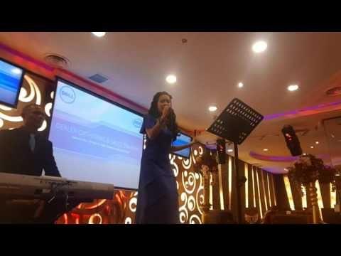 menyediakan jasa sewa organ tunggal dengan format dua penyanyi, untuk info pemesanan hubungi kami three S Entertainment jakarta 08161937670 www.threesen.com ...