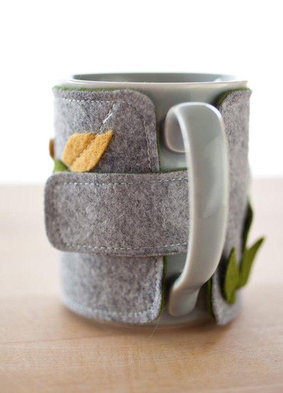 Coffee mug cozy AND mug leaves by FabulousFabulous on Etsy